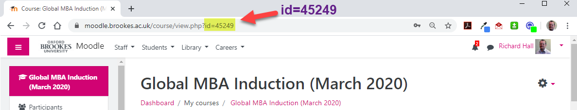 A screenshot of a main course page with the course's id number highlighted in yellow in the URL bar.